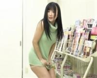 【大槻ひびき】ニットワンピのほつれた糸をたぐり寄せたらその先に裸になっていく美女がいて・・