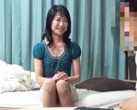 【熟女ナンパ】マッチングアプリで知り合った48歳奥さんを自宅でパコる!