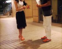 〚人妻ナンパ〛恵比寿の夜道を歩くセレブ妻をアンケートで騙してナンパ「恥ずかしい♡♡」欲求不満の美人妻を脱がせ勝手に中出し