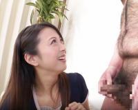 〚熟女×センズリ鑑賞〛目の前で固くなる短小チンポに大喜びな素人妻『いっぱい出たね…♡♡』ガマン汁の量に驚く奥さんw
