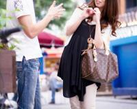 〚人妻ナンパ〛街中で美形で上品なセレブ人妻たちをガチナンパ!『少しだけなら…♡♡』旦那に内緒で淫乱になるド変態な奥さんw