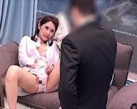 <マジックミラー号>憧れの女上司と密室MM号で性器を見せあいオナニー鑑賞