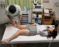 <悪徳整体師>人気の治療院を訪れたS級美人OLが、セクハラ施術師のマッサージで調教されて、ガチイキ潮吹き絶頂アクメ♡