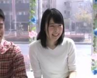 《MM号×大学生》男女の友人同士で中出しセックスできれば賞金20万円!ちっぱい童顔女子大生が友情崩壊してしまう生ハメ中出し!