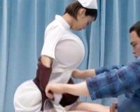 【マジックミラー号】清楚で美巨乳おっぱいな看護師が、最初は清楚ぶってたのに、馬乗りになった瞬間、えげつない腰振りグラインド騎乗位でシゴき上げる淫乱ビッチなドスケベちゃんに変身しちゃった!