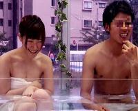 《素人モニタリング》『友達同士だけど興奮してきちゃった♡』美少女な女子大生が混浴からの素股で発情して即ハメww