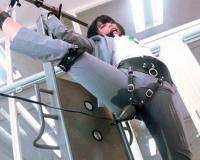 《お漏らしアクメ》『漏れちゃううう!』拘束されたパンストOL女子社員が電マで痙攣イキwおしっこ失禁おもらしw