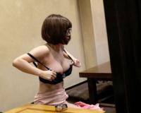 お笑いコンビを組んで2年目になる女芸人を口説き落として盗撮セックスしたら思わぬ美巨乳でめちゃくちゃエロかったww