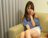 【人妻ナンパ】「もぉ♡恥ずかしいなぁ♡」ムチムチ太もも、美乳おっぱいのスタイル美人若妻が責められてアヘアヘで感じるw
