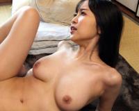 (篠田ゆう)デカ尻で義弟チンポを捕獲しセルフピストンで膣内咀嚼する肉食姉の禁断性交…