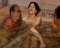 【井上綾子】美熟女が複数チ●ポを温泉で突き刺されメス奴隷堕ち崩壊!狂乱絶頂!