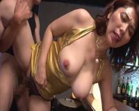 【翔田千里】ケバエロ熟女のデカ尻ボディコン!むっちり巨尻にチンポハメまくる垂れ乳マダム!