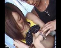 【素人生ドル】18歳のタンクトップ娘が雰囲気にながされそのまま生ハメ!