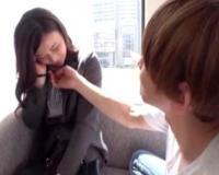 【仕事中】土屋太鳳似のこのOLさんは、ヤリチン男に口説かれセックスしちゃいます