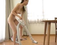 【武藤あやか】全裸で家事する三十路の小悪魔美痴熟女な巨乳妻が、発情したお隣さんに犯され中出しされちゃう!