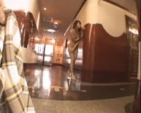 全裸にワンピを羽織ったギャルお姉さんがスポーツ施設で服を取り上げられ弄られちゃいますぅ。!!!