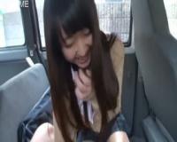 【フェラ抜き】童顔美少女が車内でじゅぼフェラテクがヤバい!