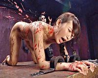 [美咲結衣]四つん這い拘束され美尻が真っ赤に染まる蝋燭責めに肛門拡張アナルファック中出しSM調教
