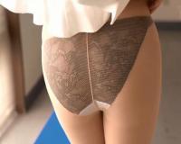タイトスカート×パンスト!美しすぎる女教師の美脚にもてあそばれる♡足コキにドピュっと射精!