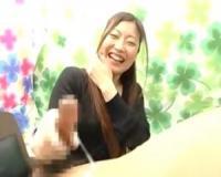 【顔出し素人娘の赤面手コキ研究所 系】28歳OLの励まし手コキ抜き!濃厚ザーメン発射に照れ笑い【センズリ鑑賞/ナンパ】