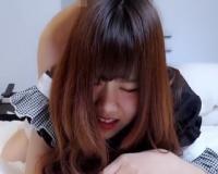 【無修正】キツマン生で犯され泣き顔で感じるメイドコスの素人美少女