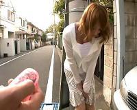 【明日花キララ】明日花キララ 巨乳のギャル妻にリモコンローター装着!野外で羞恥散歩させちゃう【tube8】
