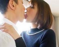 〖人妻ハメ撮り 舞ワイフ 〗相葉菜々子 32歳 夫とでは感じられないドキドキ!美人妻が舌を濃密に絡める不倫SEXにハマる♡