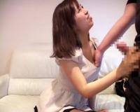 センズリ見せたらフェラした素人さん「恥ずかしい♡」けど巨乳おっぱい見せてヌキを手伝ってくれました!