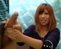 赤面手コキ「あぁっ…出てる…」女子大生さん恥ずかしいけどしっかり握って手コキしてくれる♡