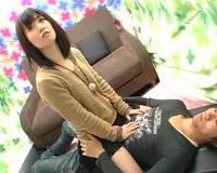 素股でザーメン発射!股間の上に跨るかわいいミニスカ看護学生♡「…動けない」うぶ過ぎて座るだけで限界でした…