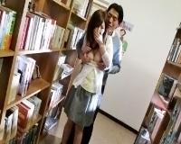 夫の勤める図書館でストーカーに公共の場で陵辱され喘ぎ声を耐える若妻の悲哀